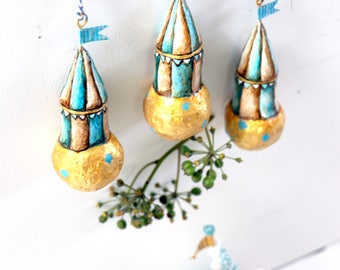 Circus Globes | Set of three pendants | Decoration | Circus | Gold | Blue & White Stripes | Paper Mache
