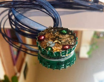 Leinenkugel Berry Weiss Bottle Cap Necklace
