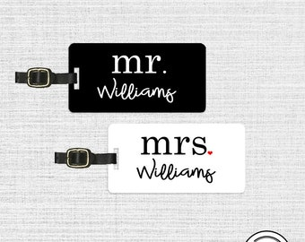 Mr and Mrs Last Custom Name Luggage Tag Metal Tags Set Custom Honeymoon Wedding Gifts Black White Version