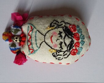 Frida hand embroidered fabric brooch