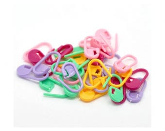 50 colorful stitch markers