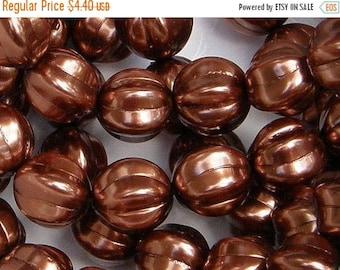 ON SALE 14mm Melon Bead, Bronze, Czech Glass Bead, (P12193), 8 count