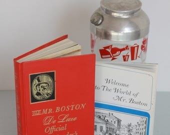 Old Mr. Boston Deluxe Official Bartender's Guide 1968