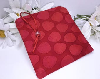 Red Wetbag, Reusable Bag, Water Resistant Pouch, Quick Dry Design Wetbag, Wet Pouch, Reusable Feminine Products, Pacifier Pouch, PUL Lining