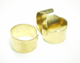 Wide, adjustable ring, made of brass, 20 * 13 * 1 mm