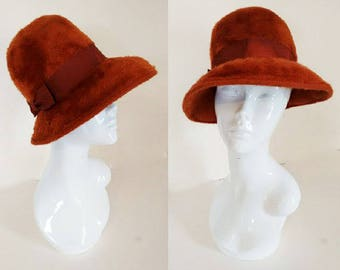 Vintage 60's 70's Rust Ginger Brown Felt Cloche Lampshade Winter Hat
