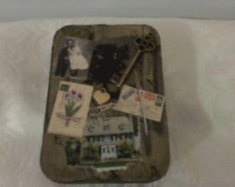 Lenormand card tin