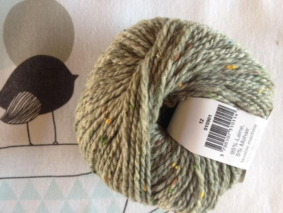 GREAT TWEED almond green - Fonty