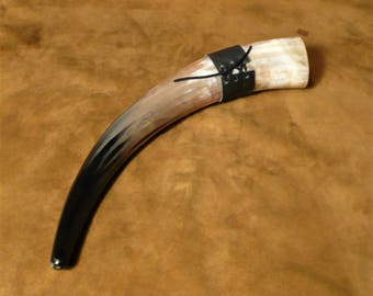 Drinking horn, large, Viking style, great with beer, includes belt holster