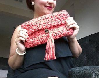 Hand crochet clutch
