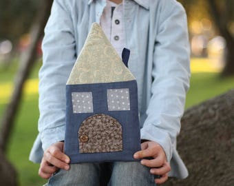 Tooth fairy pillow house, childhood keepsake, or room decoration: with two secret pockets, a door and a wooden button to close it