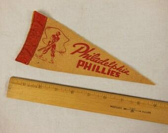 8 in Felt Souvenir Mini Pennant, Philadelphia Phillies, 1950s Baseball Pennant, Souvenir Pennant