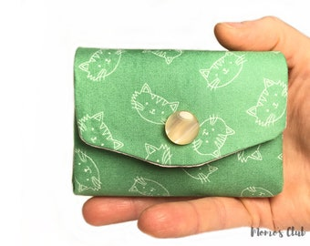 Coin Purse-Smart Wallet-coin Purse-Cash System-Portaspicci green with stylized white kittens