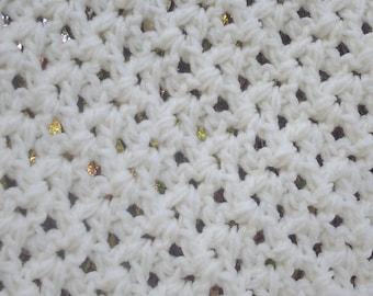 Soft white Soft Crochet Knit Baby Blanket Throw Blanket Chunky Blanket Baby Nursery Baby Shower Gift Handmade Ready to Ship Gender Neutral