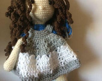 Amigurumi doll with dress