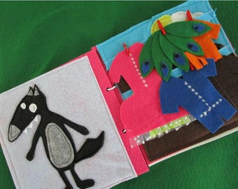 Activities in felt (quiet book) the wolves themed book