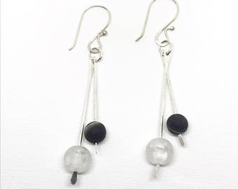 Black and White earrings, Crackle glass and Black Agate earrings, black white and sterling silver earrings