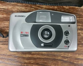 Bell Howell BF-705 Big Finder camera with bag