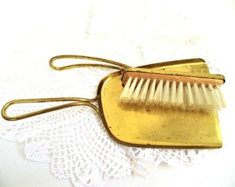 Captivating Vintage Crumb Catcher Pick Brass Set Dustpan Hand Broom Old Silent Butler  Fireplace Tool Metal Gold