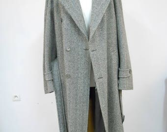 Mens Vintage Herringbone Tweed Wool Coat Oversize Coat chest 46   Gatsby Vibe