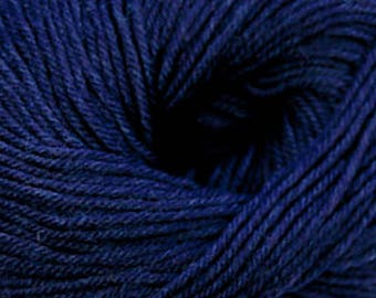 Cascade 220 Superwash 1924 Midnight Heather + Free Patterns - 8.50 +1.50ea to Ship - 220yd 100g - Navy Blue Washable Wool Yarn. MSRP 11.00