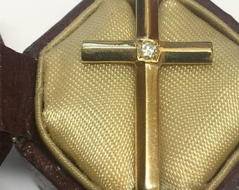 18K Yellow Gold & Diamond Cross/Crucifix Pendant