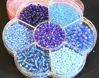 9000 + BOX BLUE GLASS BEADS SEWING A STICK BEAD SCRAPBOOKING