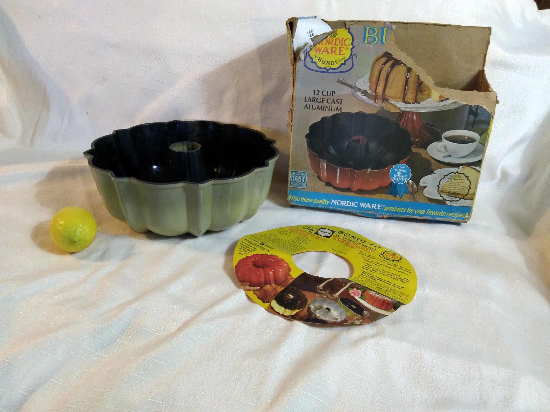 Bundt Cake Packaging Ideas