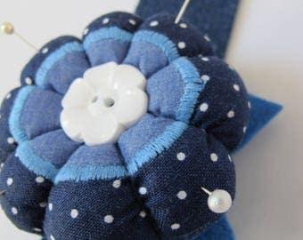 Pin cushion for wrist
