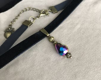 Pendant Swarovski iridescent velvet Choker