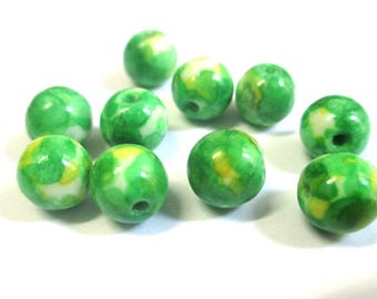 10 yellow and green 8mm natural ocean jade beads