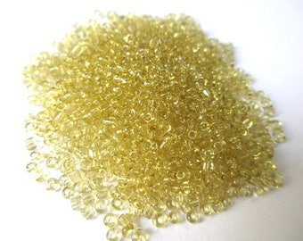 10gr yellow seed beads, shiny glass 2mm (about 800 beads)