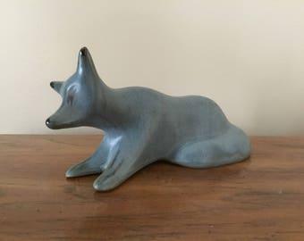 Vintage BMP Blue Mountain Pottery Slate drip glaze #946 Fox Stylized Figurine animal