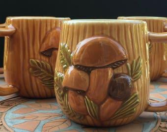 Vintage Arnel's Spotted Mushroom Mugs Brown Green Set Of 4 High Gloss Mid Century Kitsch Retro Kitchen Cottage Cabin Home Decor