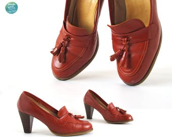 Vintage Brick Red Tassel Heeled Loafers | EU 37.5 / US 7 / UK 4.5 | 70s Red Stacked Heel Loafers | breathe and let it be