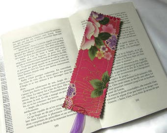 bookmarks, bookmark in Japanese fabric flowers, pink green