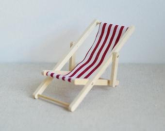 Dollhouse miniature Lounge Chair/ Beach Chair