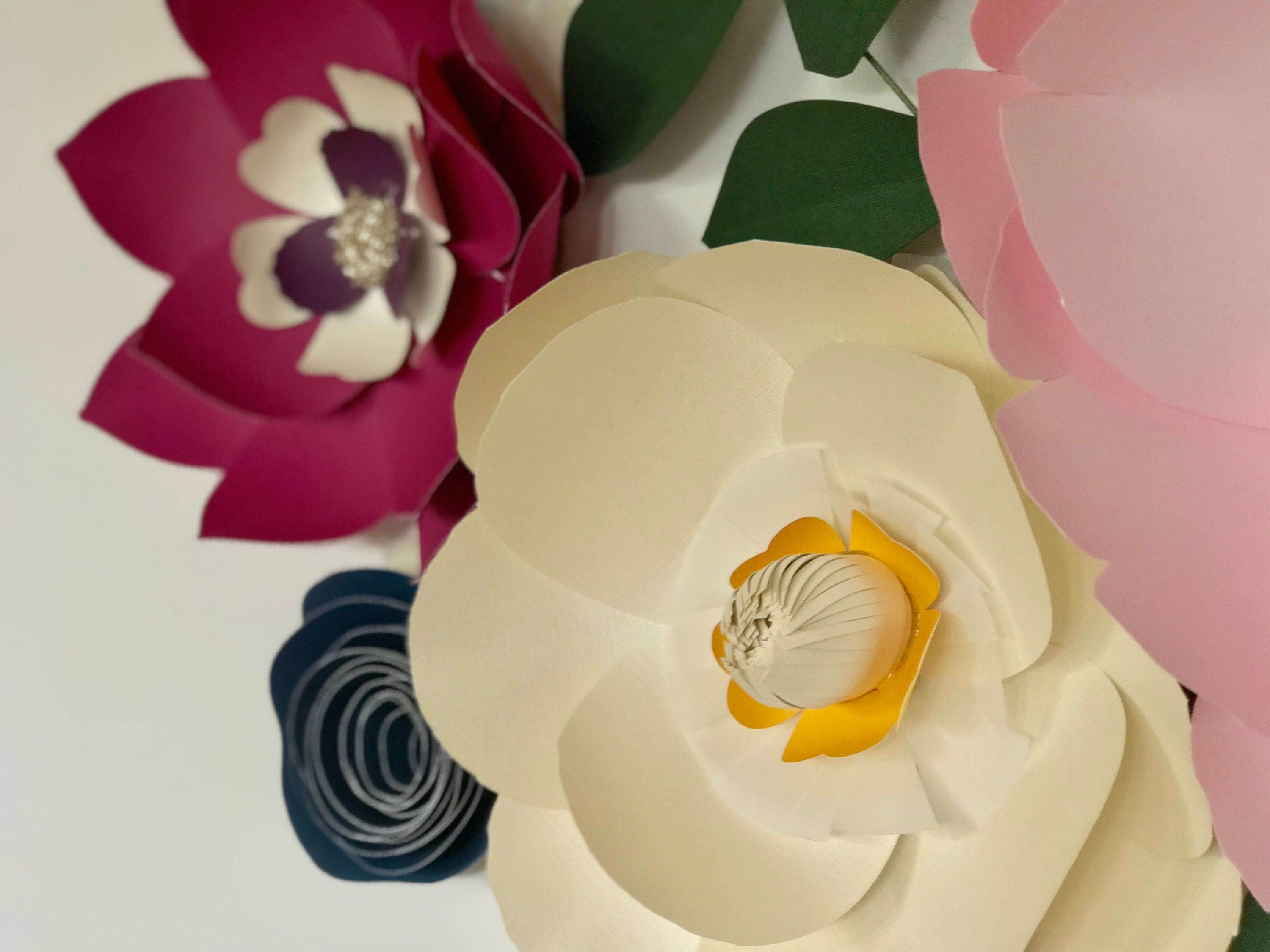 Awesome Paper Flowers Wall Decor Ideas - The Wall Art Decorations ...