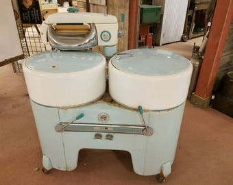 Vintage Philco Dual Tub Wringer Washer - Local Pickup Only!