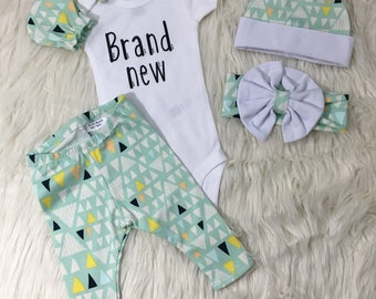 Gender neutral coming home outfit, gender neutral home coming, brand new outfit, team green baby outfit, gender surprise baby set, newborn