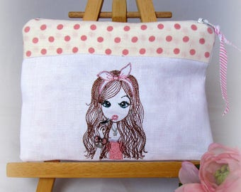 embroidered linen pouch Kit