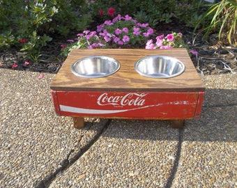 Dog coke elevated feeding station
