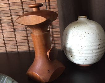 Rare Dan Droz for Lauffer Vintage Pepper mill/grinder With Original Crate