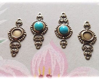 4Pcs Antiqued Brass Filigree Connector with a 5mm round setting