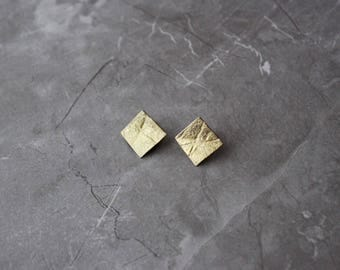 Neolith Stud Earrings in gold plated silver