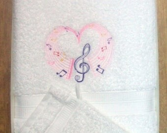 Embroidered shower sheet music heart with free name