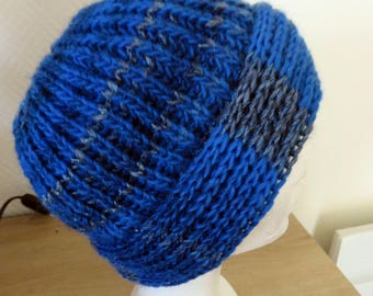 Beanie tones wool blue and silver