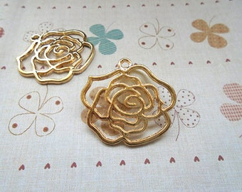Golden Flower pendant