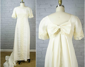 ecru wedding dress. vintage 1960s wedding dress . ecru cream chiffon and lace 60s gown with train g