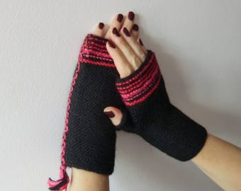 Hand knitted Alpaca woolen mittens